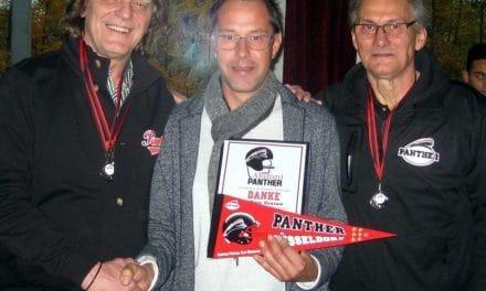 """Alumni Panther sagen:     """"DANKE HC MARC GREIWE""""."""