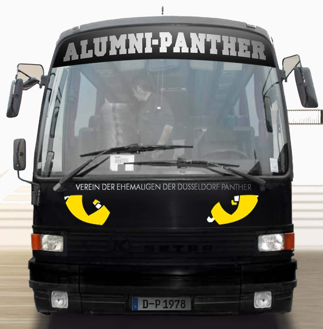 Der Panther Bus von Alumni Panther hat noch Termine frei.